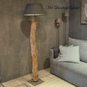 Houten boomstam lamp Nr.04