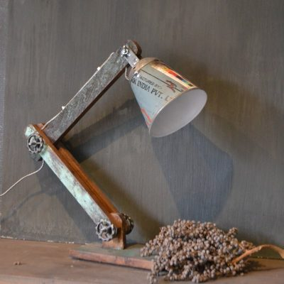 Stoere landelijke woonaccessoires shop je bij met for Landelijke lampen