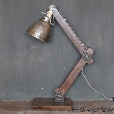Industriële lamp Nr. 28