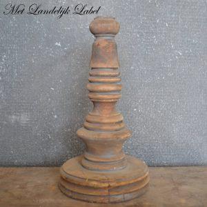 Oud hout kandelaar S