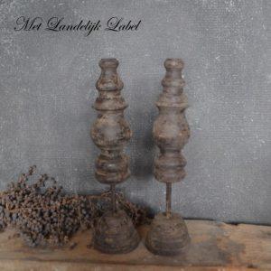 Oud hout ornament M