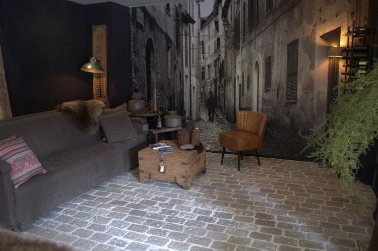 Landelijke vloeren bestaande uit landelijke vloertegels van het merk RAW Stones