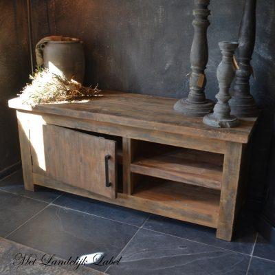 Robuuste en landelijke tv meubels & dressoirs