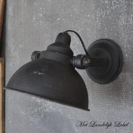 zwart wandlampje