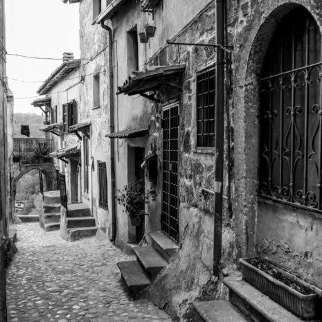 Rome - Calcata - Rural - Medieval - Nature - Ancient - Black and White
