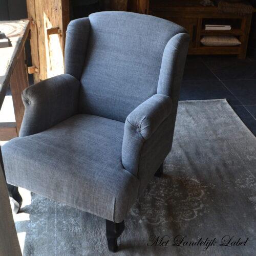 stoel2showmodel.jpg
